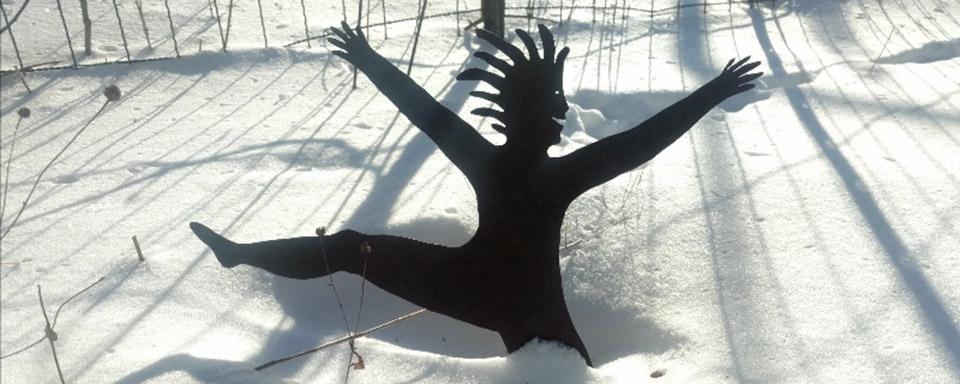 dancing-in-snow